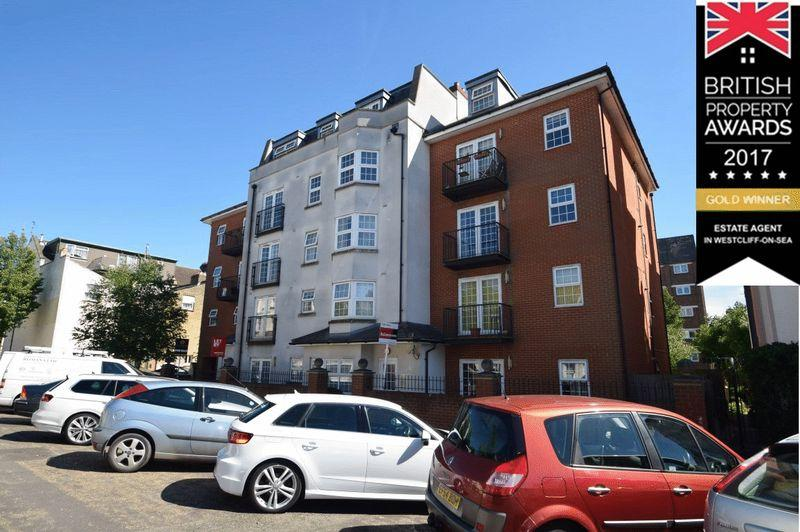 2 Bedrooms Apartment Flat for sale in Ground Floor Apartment, Alexandra Road