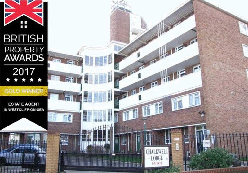 2 Bedrooms Apartment Flat for sale in London Road, Westcliff-On-Sea
