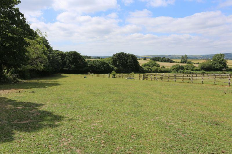 6 Bedrooms Equestrian Facility Character Property for sale in New Hall Lane, Small Dole, Henfield