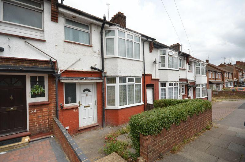 3 Bedrooms Terraced House for sale in Bradley Road, Luton