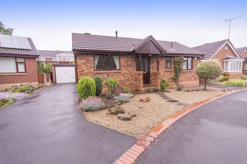 2 Bedrooms Detached Bungalow for sale in SANTOLINA DRIVE, OAKWOOD