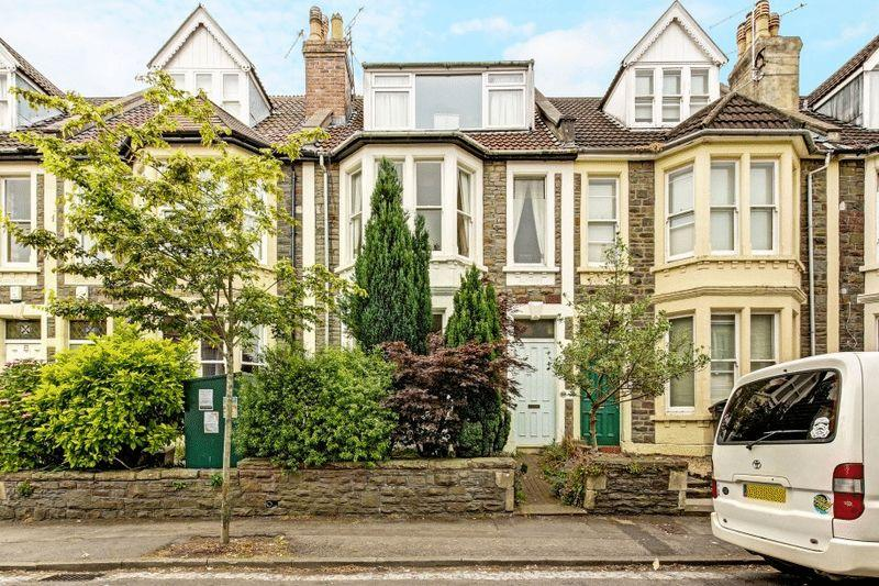 5 Bedrooms Terraced House for sale in St Albans Road, Westbury Park
