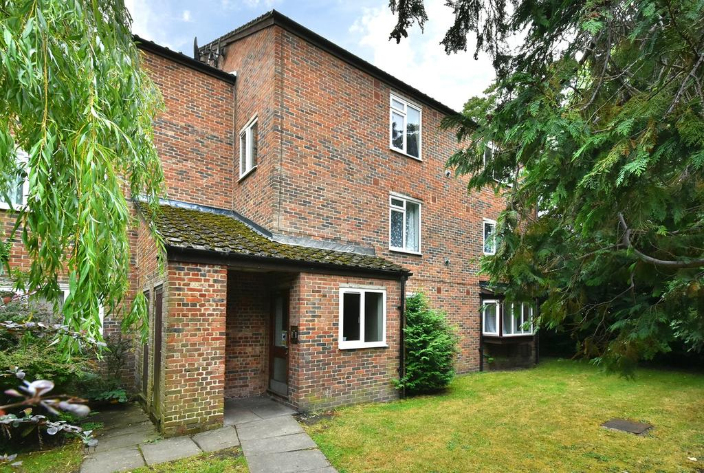 1 Bedroom Apartment Flat for sale in Beachborough Road, Bromley, BR1