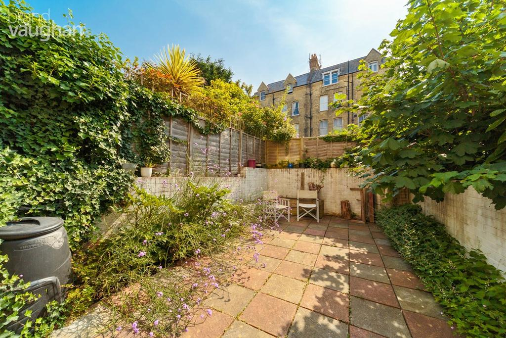 1 Bedroom Flat for sale in Albany Villas, Hove, BN3