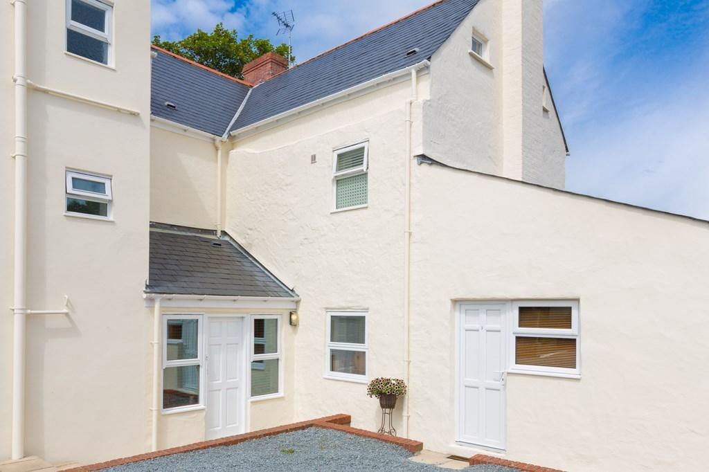 1 Bedroom Flat for sale in Collings Road, St. Peter Port, Guernsey