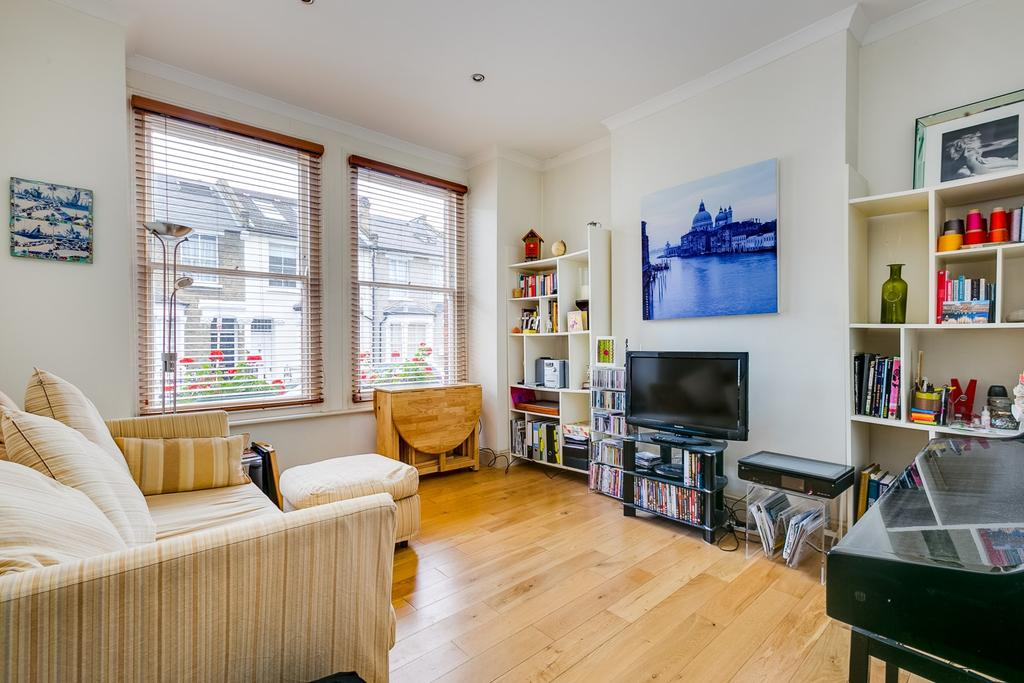 2 Bedrooms Flat for sale in Biscay Road, Hammersmith, London