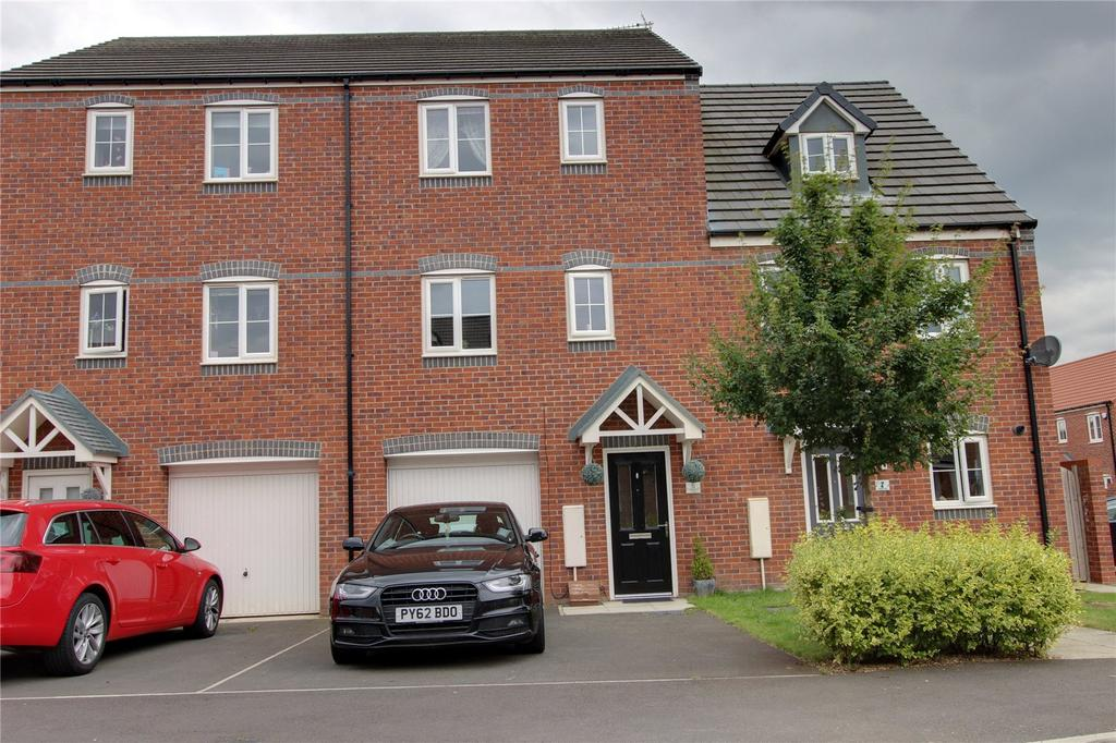 3 Bedrooms Terraced House for sale in Hoskins Lane, Scholars Rise