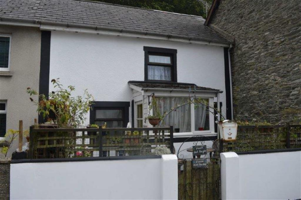 2 Bedrooms Terraced House for sale in 2, Tan Y Foel, Machynlleth, Machynlleth, SY20