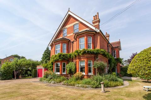 6 bedroom semi-detached house for sale - Upper Warren Avenue, Caversham Heights