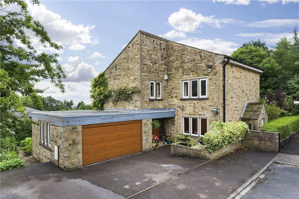 5 Bedrooms Detached House for sale in Castle Grove, Harden, Bingley, West Yorkshire