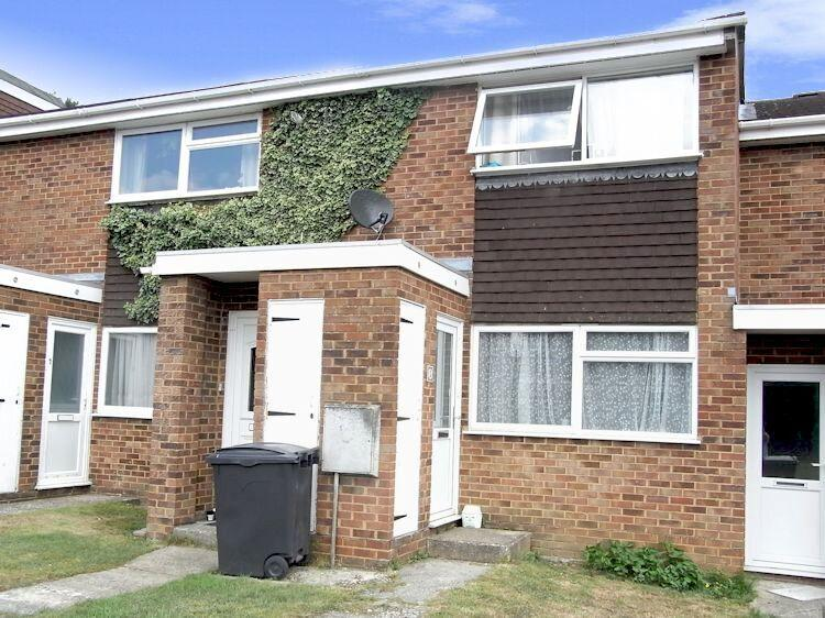 1 Bedroom Maisonette Flat for sale in Grange Court, Little Street, Guildford GU2