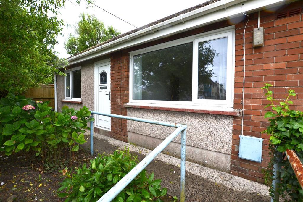 1 Bedroom Semi Detached Bungalow for sale in Jameston