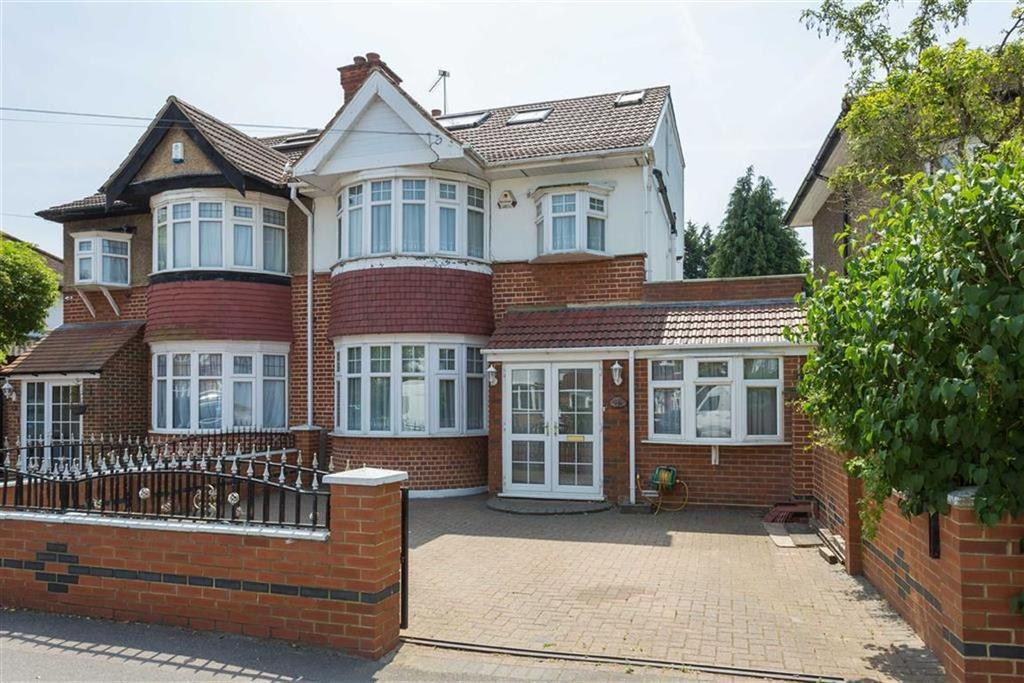 6 Bedrooms Semi Detached House for sale in Cannonbury Avenue, Eastcote, Middlesex