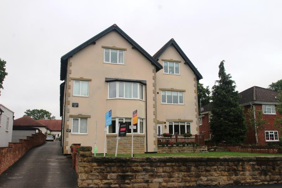 2 Bedrooms Apartment Flat for sale in CAVENDISH GARDENS, HARROGATE, HG2 8HY