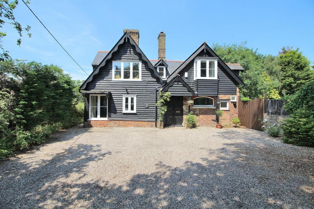 6 Bedrooms Detached House for sale in Main Road, Broomfield, Chelmsford, Essex, CM1