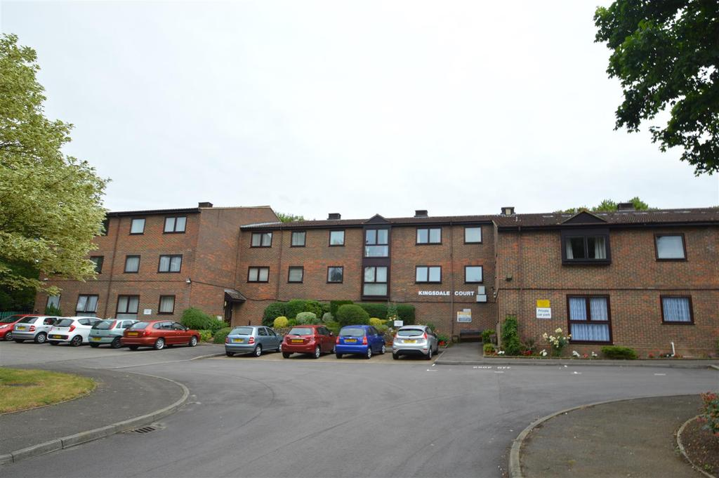 1 Bedroom Flat for sale in Hopewell Drive, Chatham