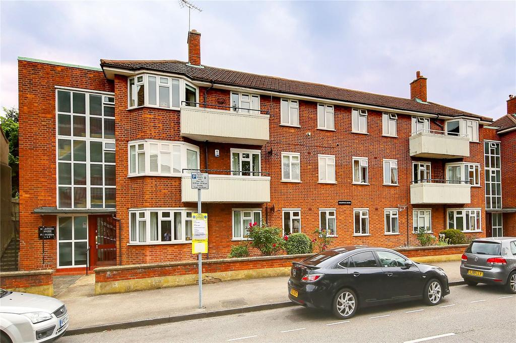 2 Bedrooms Flat for sale in Milestone House, Surbiton Road, KT1