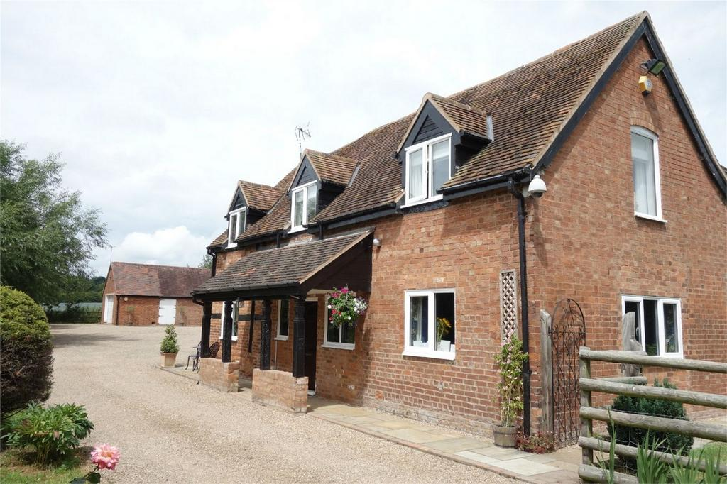 5 Bedrooms Detached House for sale in Leasowes Farmhouse, Hampton Road, Warwick