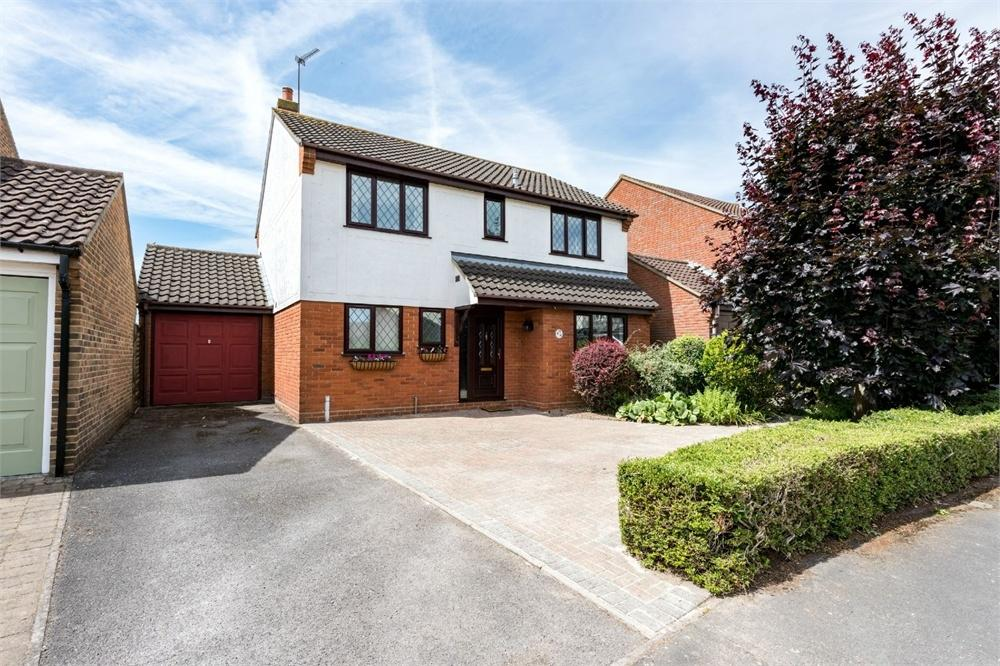 4 Bedrooms Detached House for sale in Kingfisher Way, Kelvedon, Essex