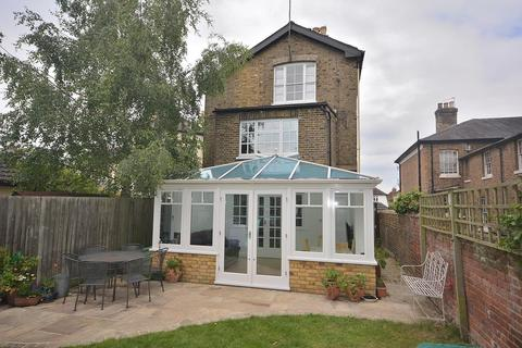 5 bedroom semi-detached house for sale - New London Road, Chelmsford, Essex, CM2