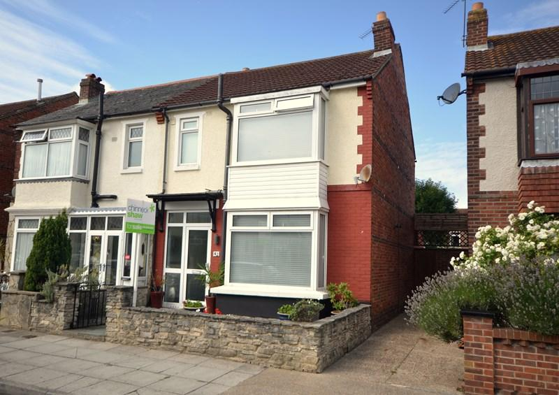 3 Bedrooms Semi Detached House for sale in Chilcote Road, Baffins, Portsmouth