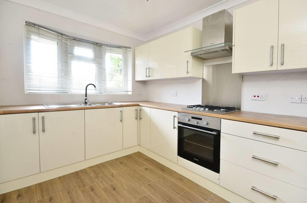 4 Bedrooms Detached House for sale in Marlow Road SE20