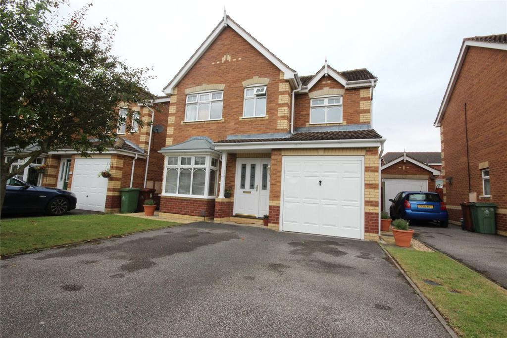 4 Bedrooms Detached House for sale in Wren Crescent, Scartho Top, DN33
