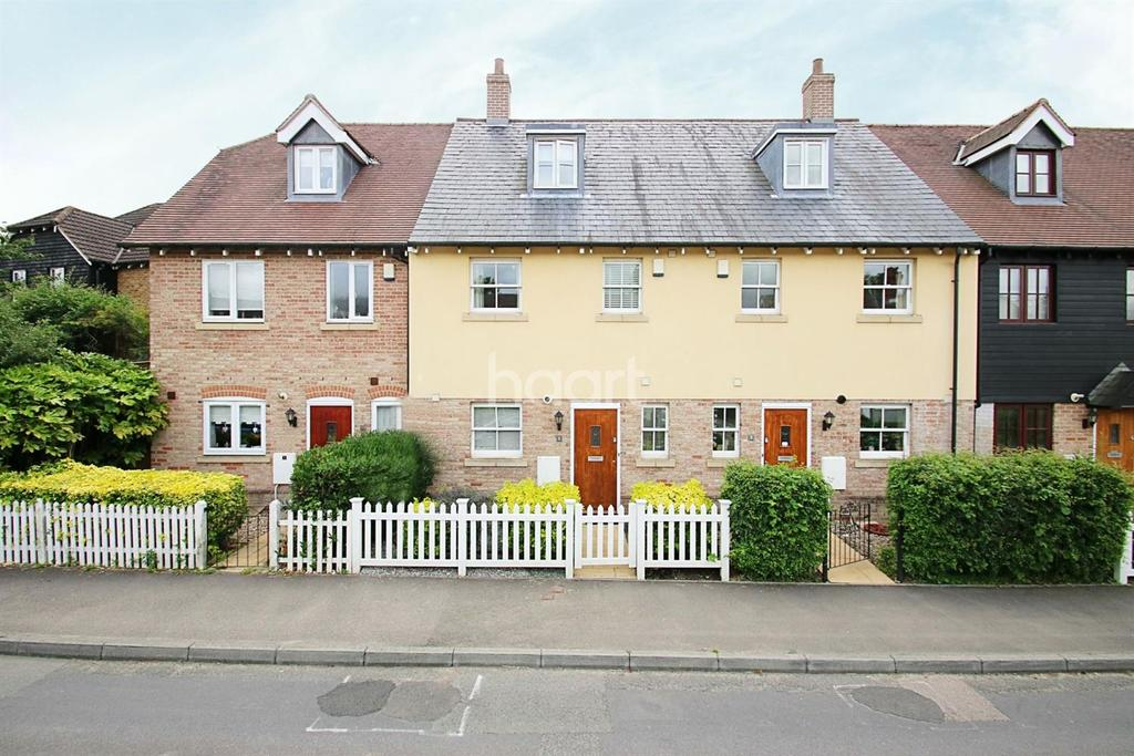 3 Bedrooms Terraced House for sale in Bailies Court, Harrietsham, ME17
