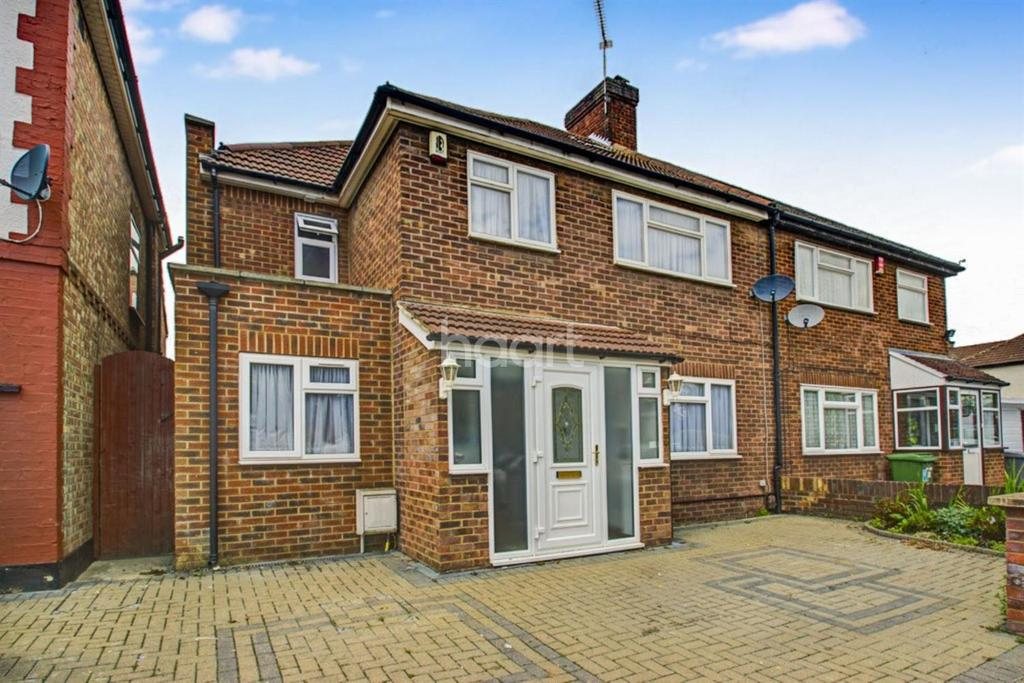 4 Bedrooms Semi Detached House for sale in Sudbury Avenue, Wembley
