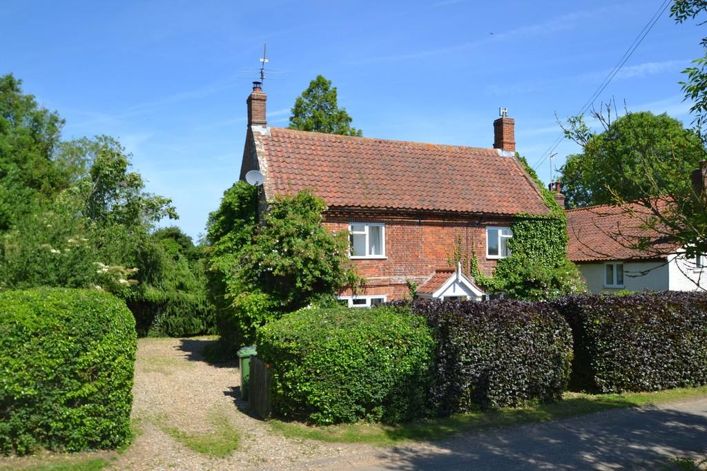3 Bedrooms Detached House for sale in Gunthorpe