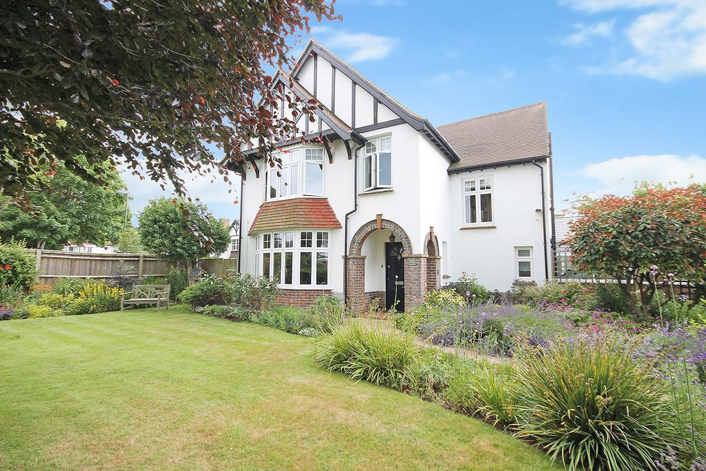 4 Bedrooms Detached House for sale in Windlesham Gardens, Shoreham-by-Sea, BN43 5AD