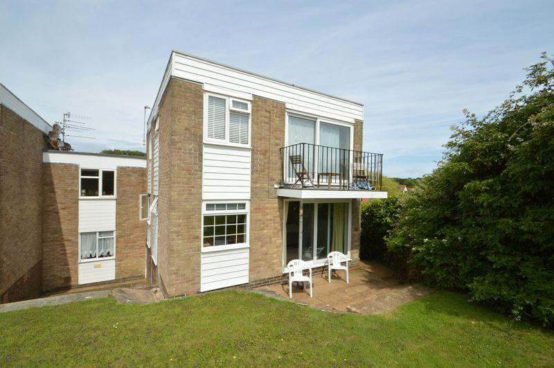 1 Bedroom Apartment Flat for sale in Freshwater, Isle Of Wight