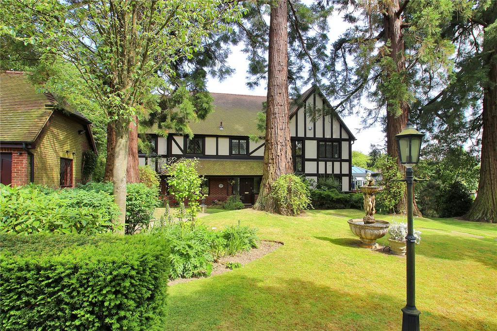 5 Bedrooms Detached House for sale in Southways, North Street, Sutton Valence, Kent, ME17