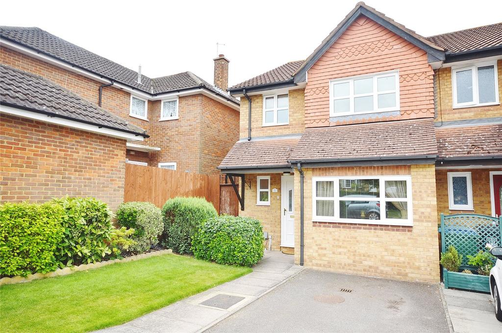 3 Bedrooms End Of Terrace House for sale in Sherwood Court, High Road, Leavesden, Watford, WD25