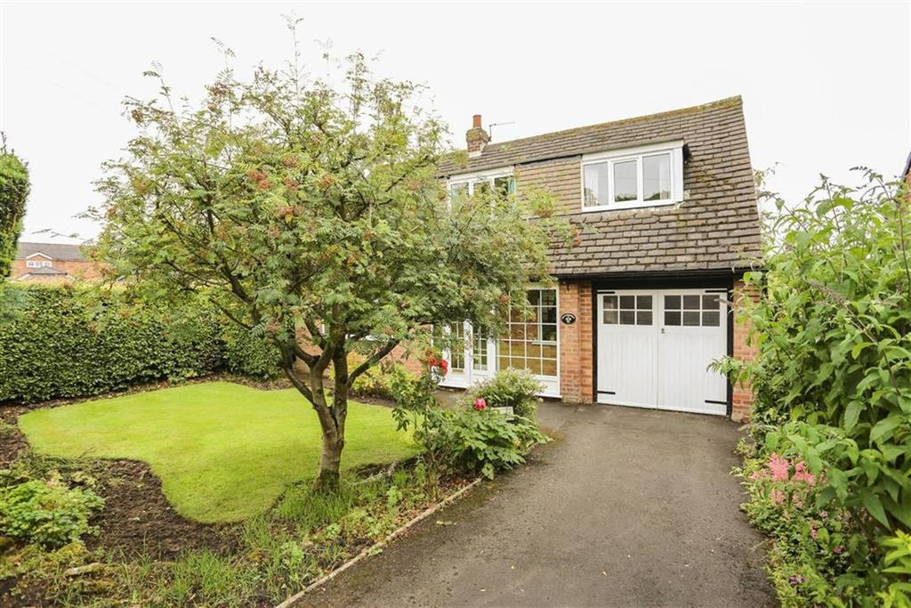 3 Bedrooms Detached House for sale in Bowden Lane, Marple, Cheshire