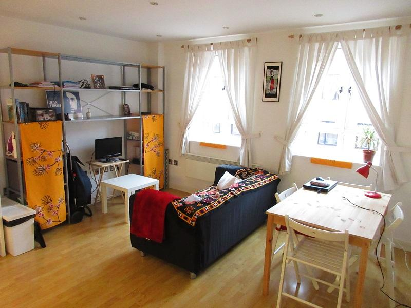 1 Bedroom Apartment Flat for sale in The Square On The Square, Caroline Street B3