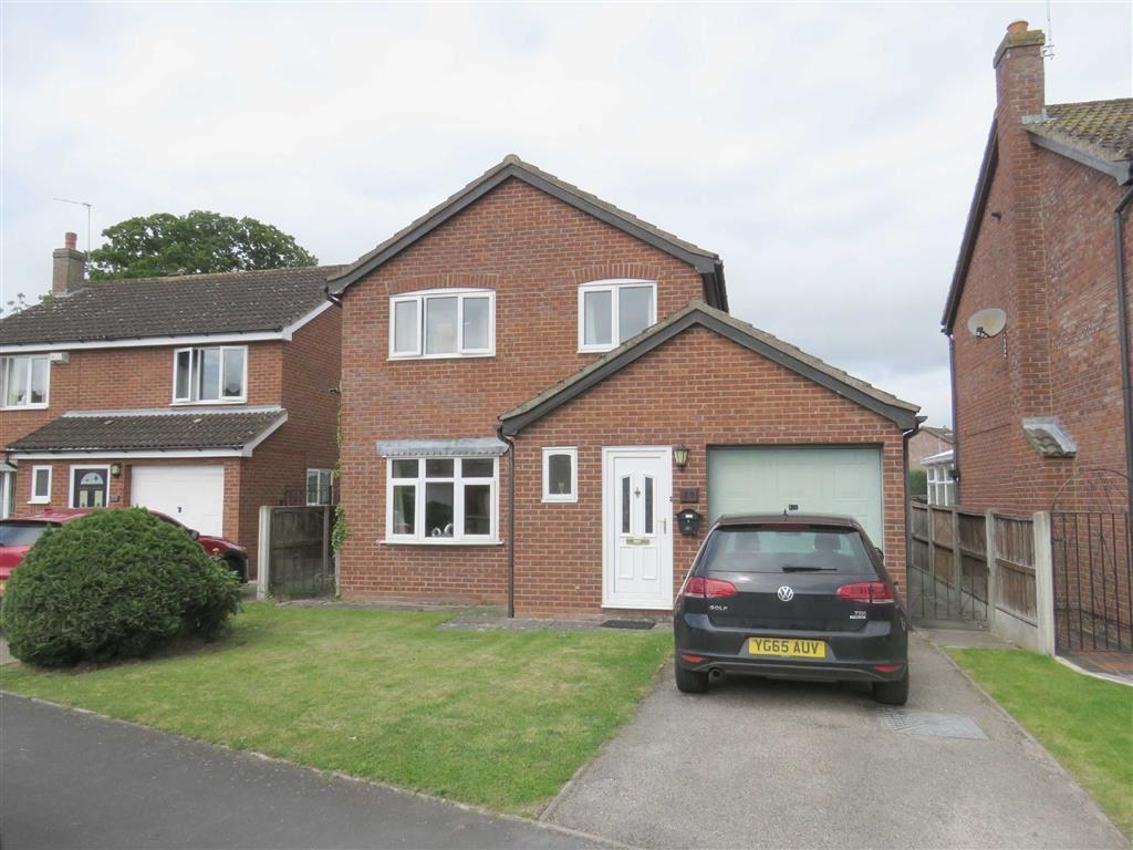 3 Bedrooms Detached House for sale in Cherry Drive, Ellesmere, SY12