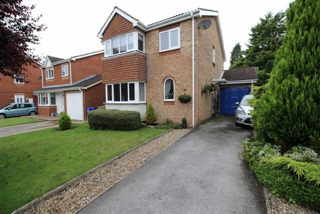 4 Bedrooms Detached House for sale in Long Lane, Driffield, East Yorkshire