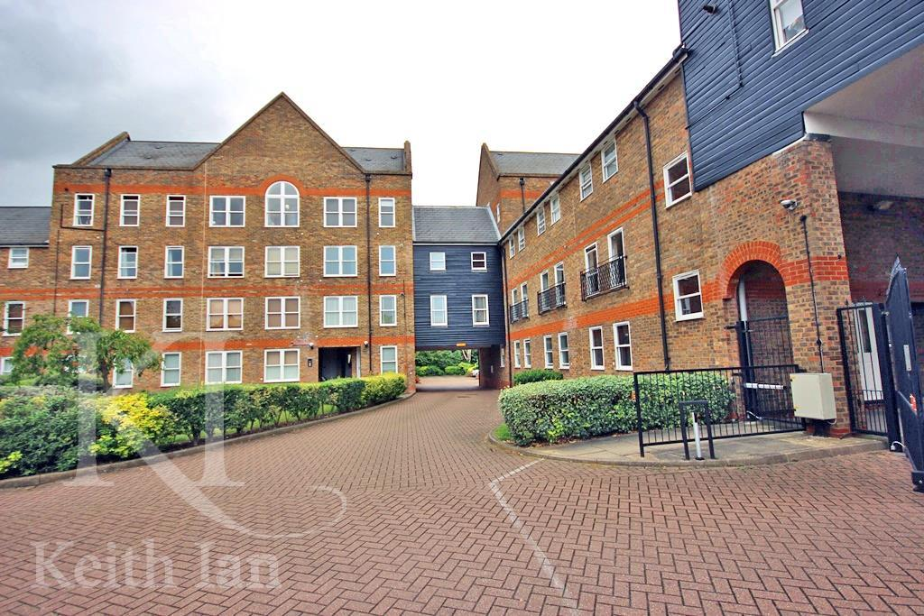 1 Bedroom Apartment Flat for sale in Extended Lease - Millacres, Ware