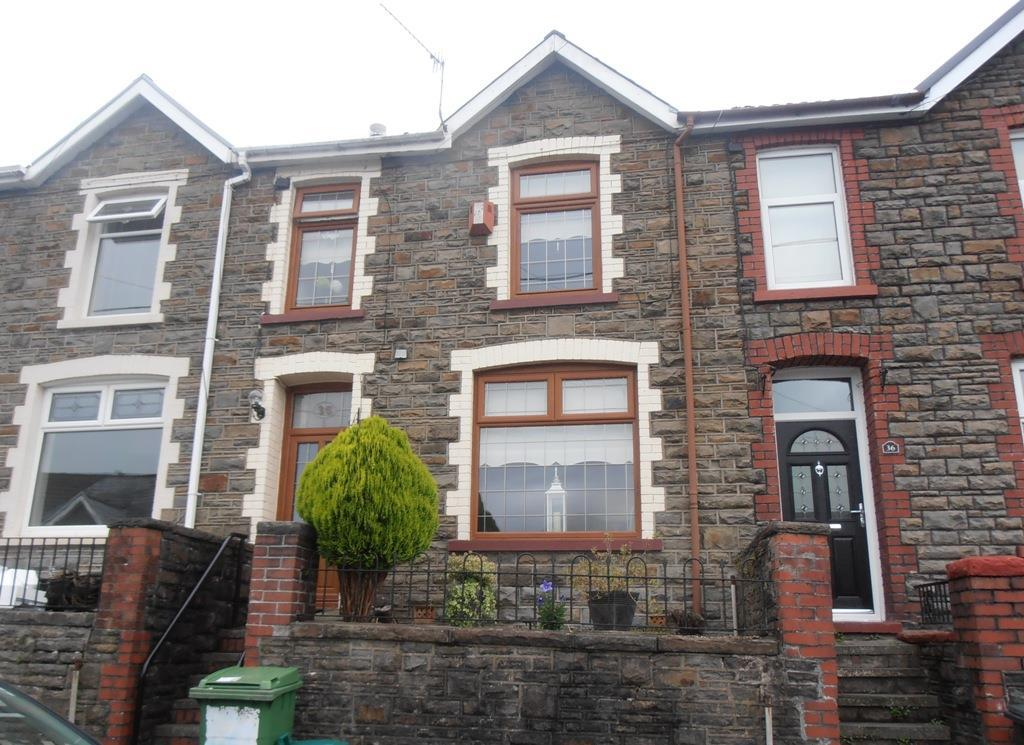 3 Bedrooms Terraced House for sale in The Triangle, Mountain Ash