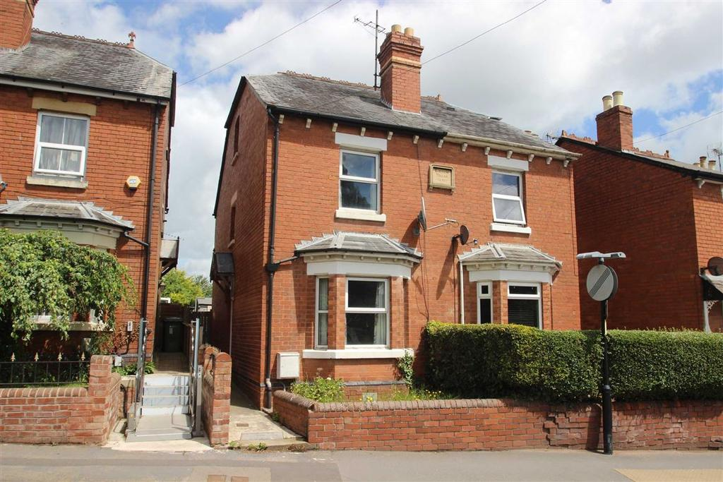 3 Bedrooms Semi Detached House for sale in Westfaling Street, Westfaling Street, Hereford