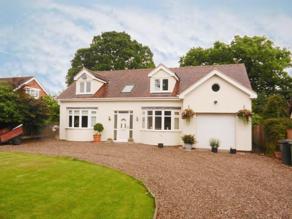 4 Bedrooms Detached House for sale in Cross Lanes