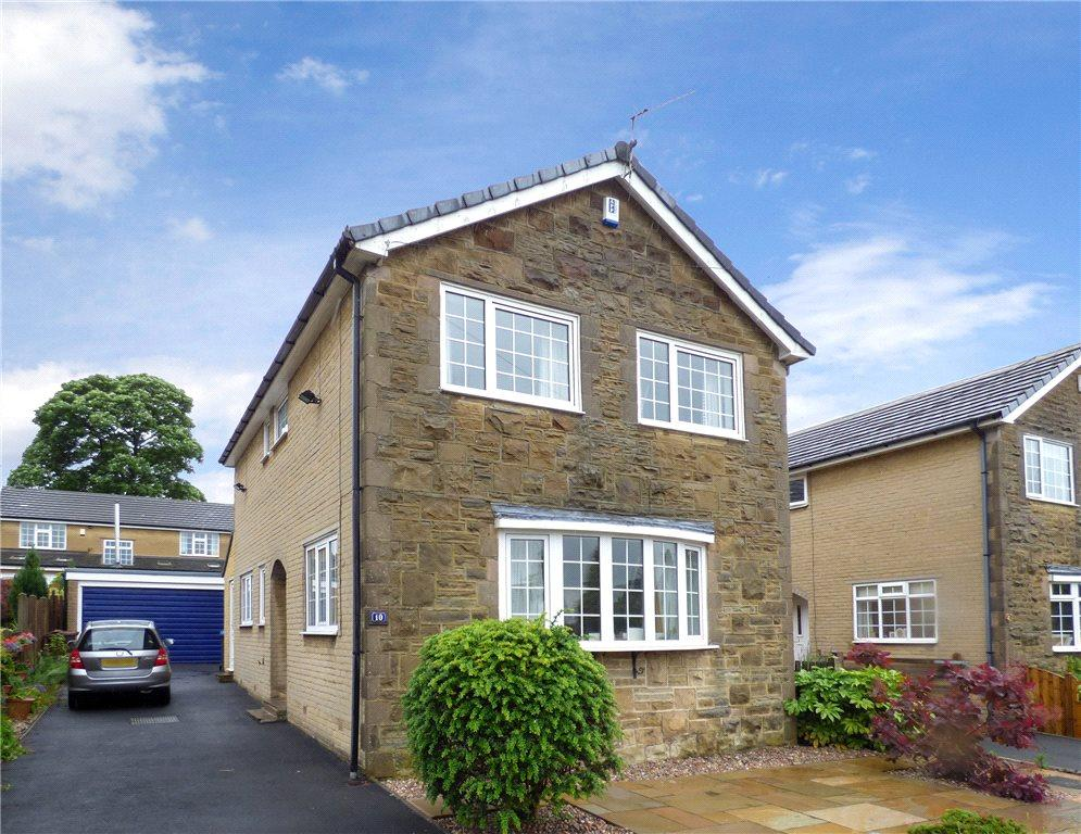 4 Bedrooms Detached House for sale in Ainsdale Grove, Cullingworth, Bradford, West Yorkshire