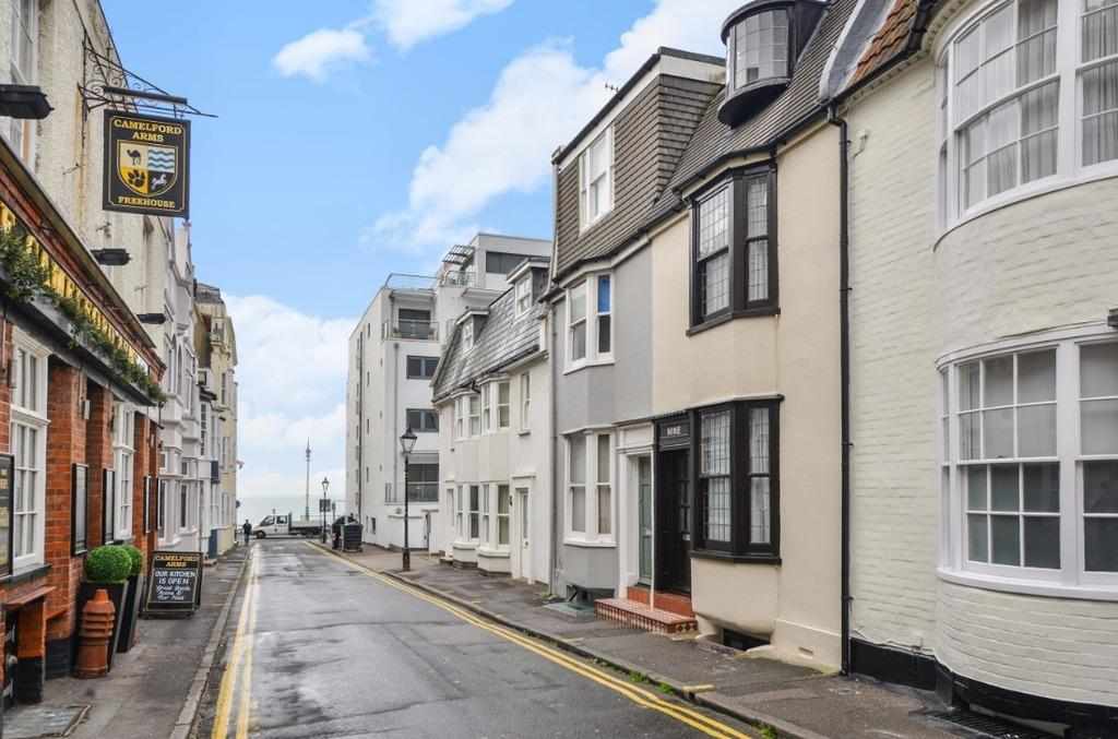 3 Bedrooms Terraced House for sale in Camelford Street Brighton East Sussex BN2