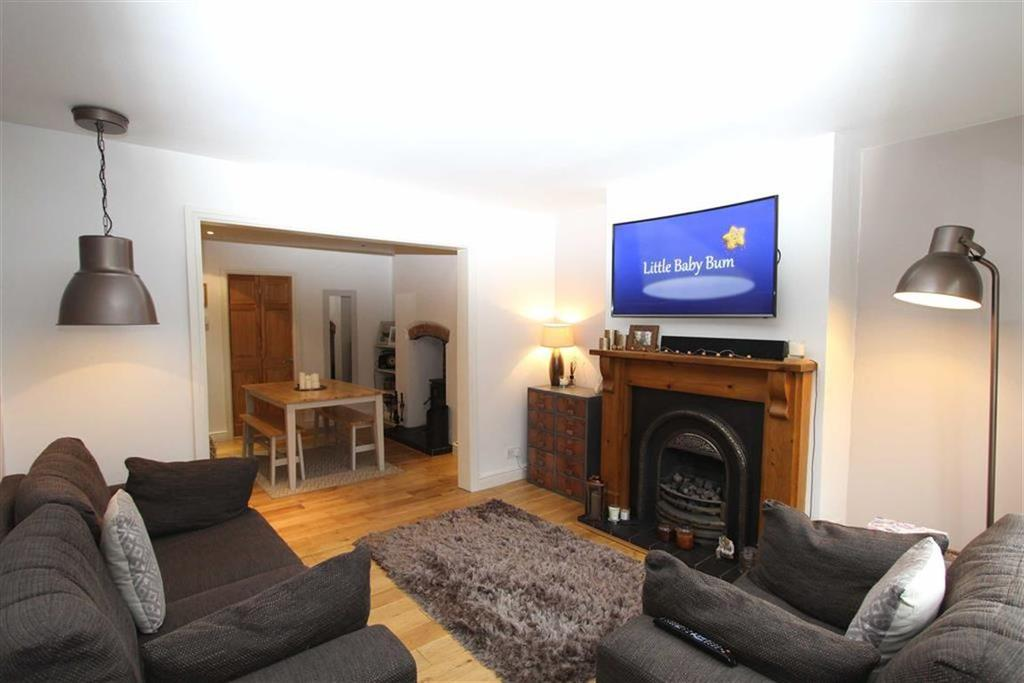 3 Bedrooms Terraced House for sale in Church Road, Lymm