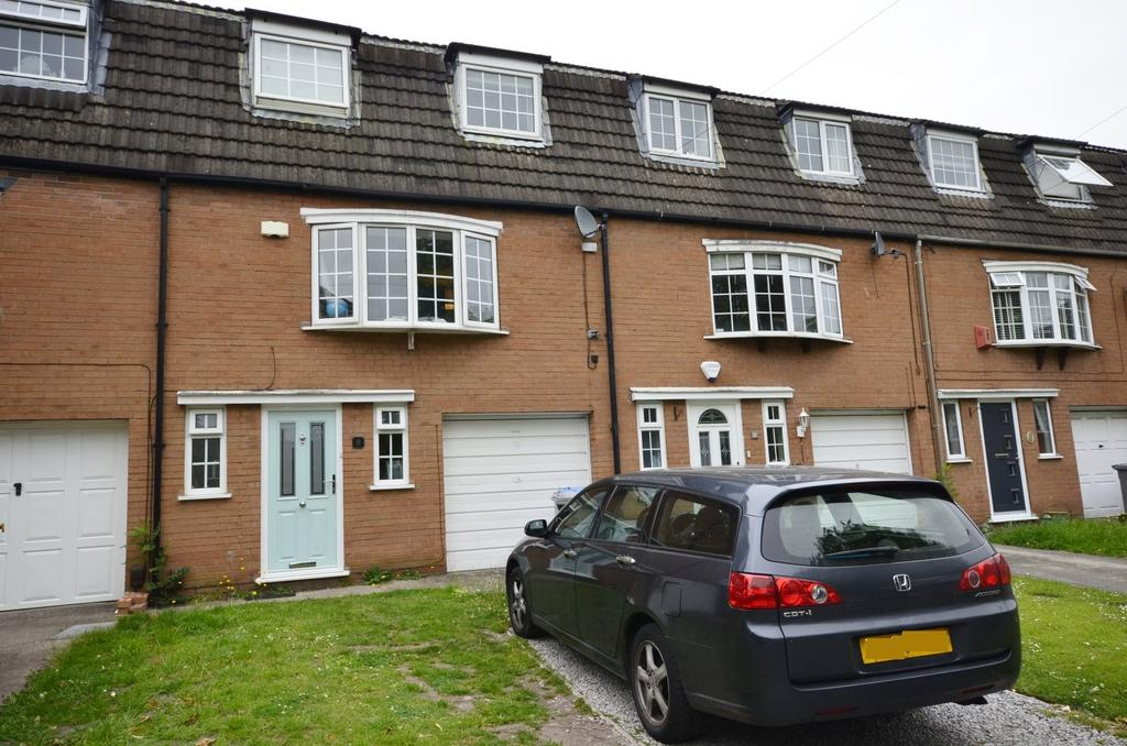 3 Bedrooms Town House for sale in Heyes Leigh, Timperley, Altrincham