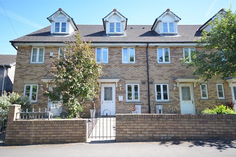 3 Bedrooms Town House for sale in Glyn Rhymni , Rumney, Cardiff. CF3