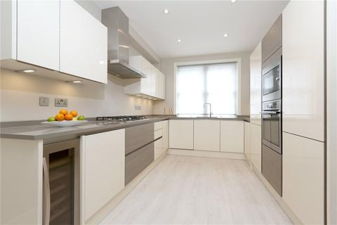 2 bedroom mews to rent - Devonshire Mews South, London, W1G