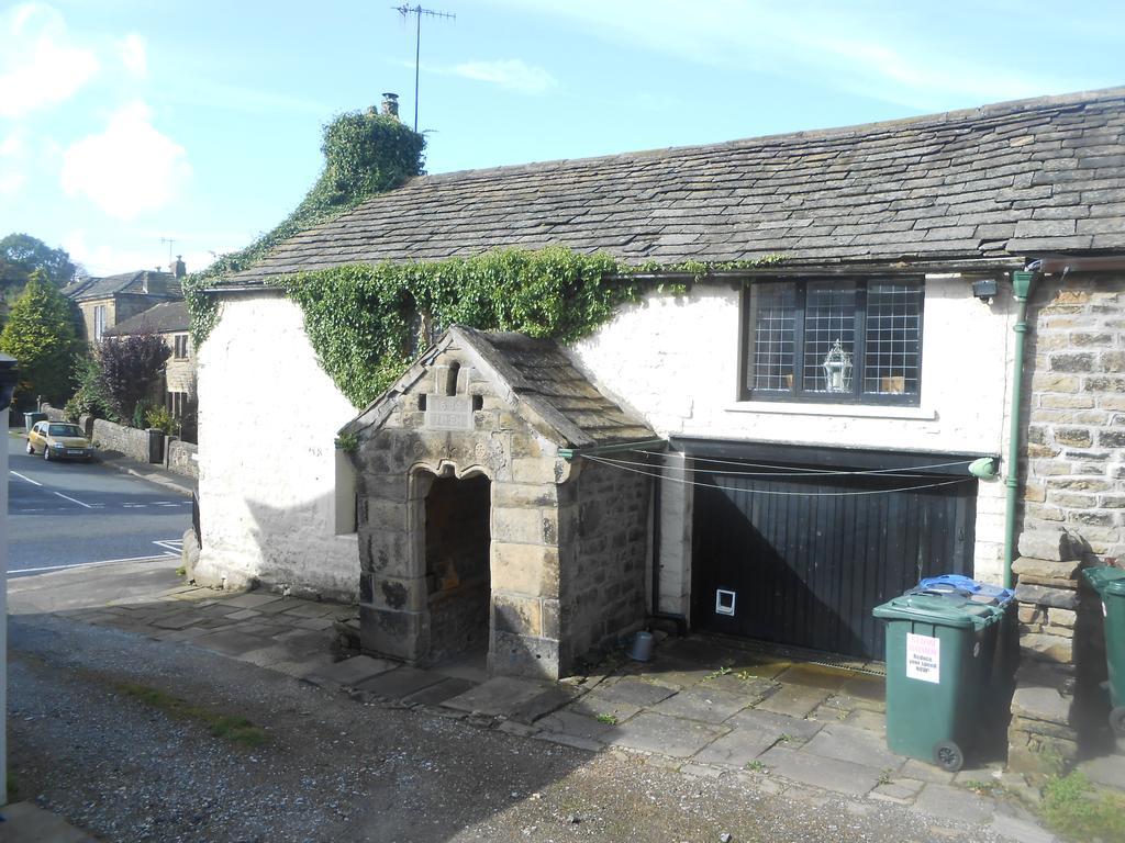 3 Bedrooms Cottage House for sale in Main Street, Wilsden BD15