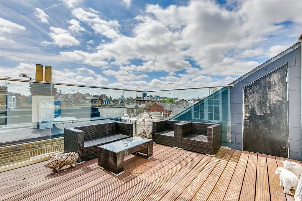 3 Bedrooms Flat for sale in Stephendale Road, Sands End, Fulham, LONDON